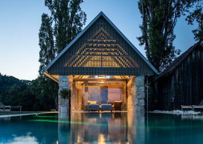 Pool der Winzarei